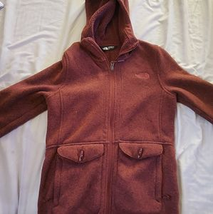 The NorthFace hooded Sweater